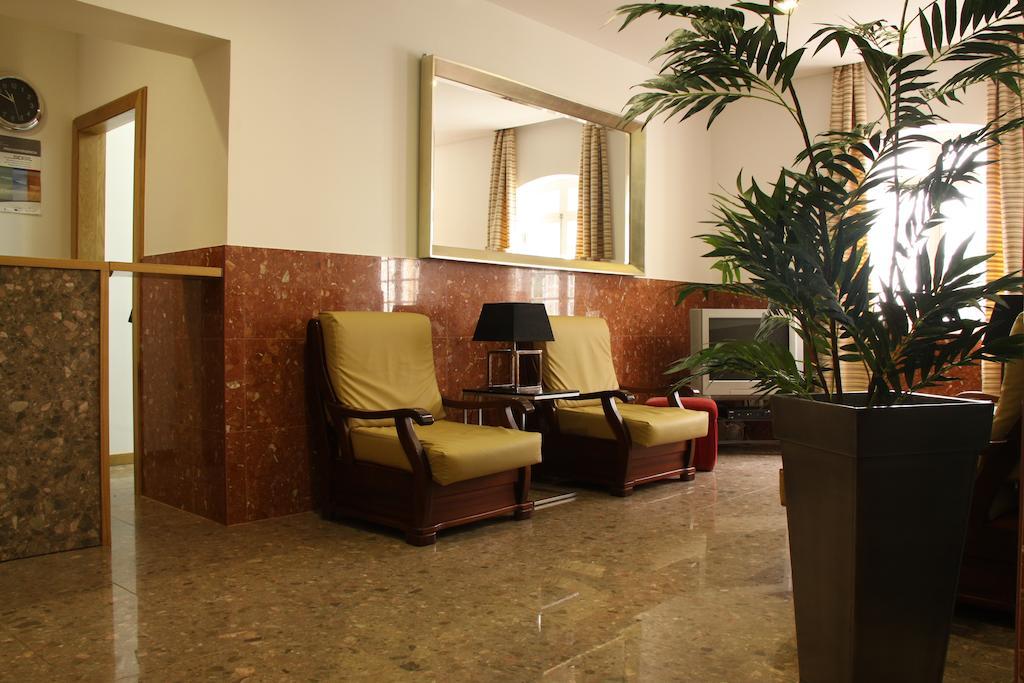 Hotel Zenite_Eingangsbereich Sitzecke