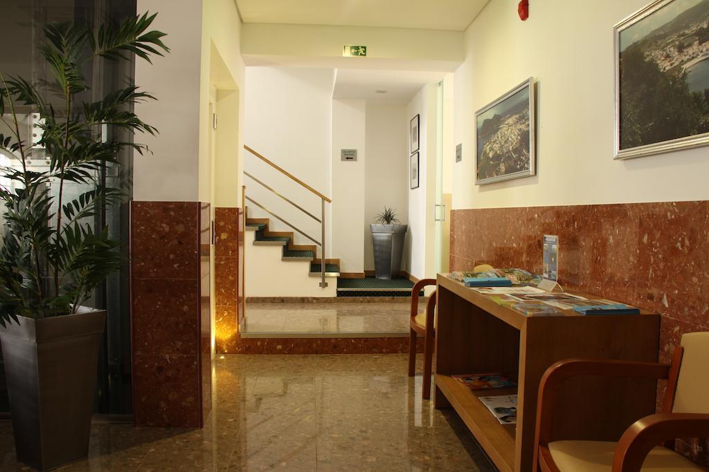 Hotel Zenite_Eingangsbereich Treppenaufgang