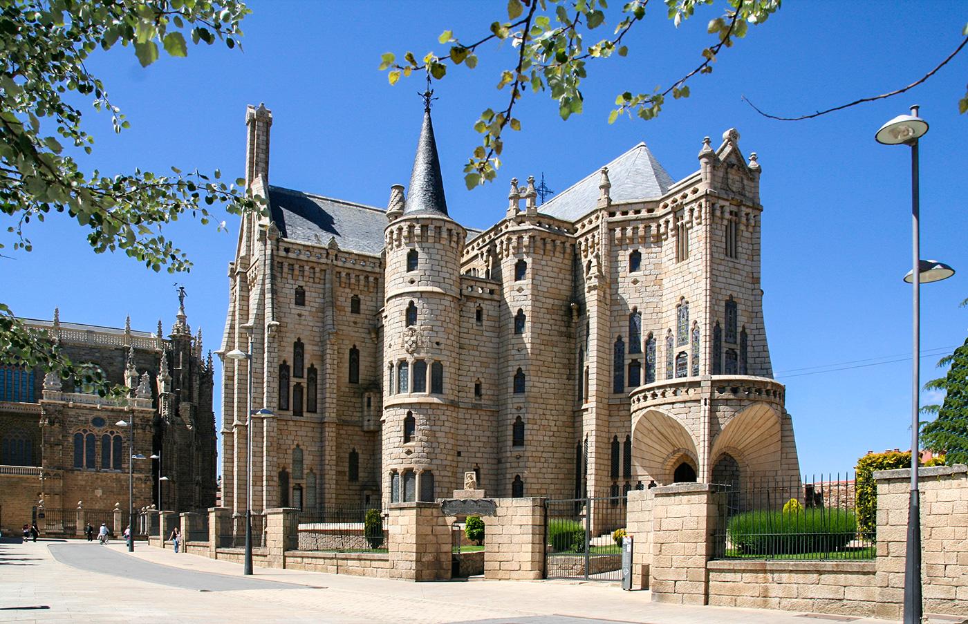 Kathedrale Santa Maria von Gaudí